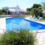 vista-piscina-del-bb-le-vele-a-campomarino-di-maruggio